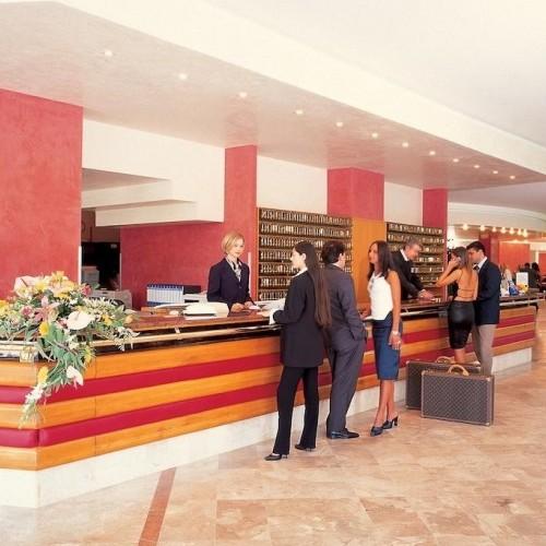 Hotel Serena Majestic Hall