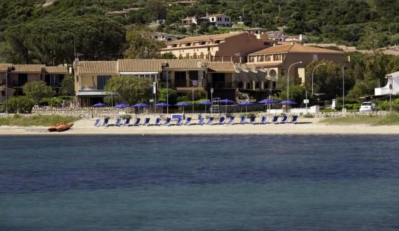 Blu Hotel Laconia Village - Cannigione di Arzachena, Sardegna - Spiaggia dall'alto