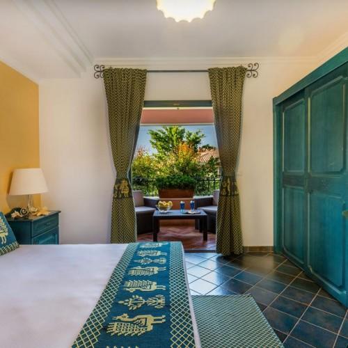 Cala Ginepro Hotel Resort - Cala Ginepro, Sardegna - Camera con terrazzo
