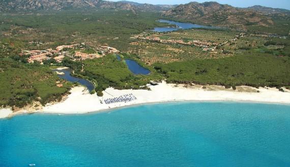Cala Ginepro Hotel Resort - Cala Ginepro, Sardegna - Panoramica dall'alto