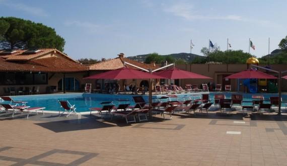 Club Esse Cala Bitta - Baja Sardinia, Sardegna - Piscina