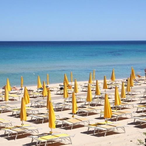 Free Beach Club - Costa Rei, Sardegna - Spiaggia Attrezzata