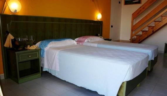 Villaggio Le Tonnare - Stintino, Sardegna - Servizio in camera