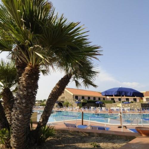 Villaggio Le Tonnare - Stintino, Sardegna -  Piscina 2