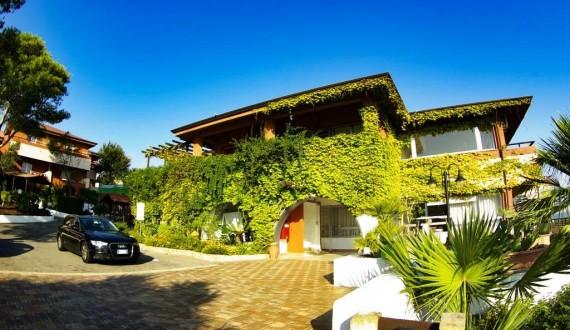 Futura Club Casarossa, Calabria | Struttura esterna