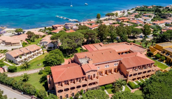 Blu Hotel Laconia Village - Cannigione di Arzachena, Sardegna - Struttura dall'alto