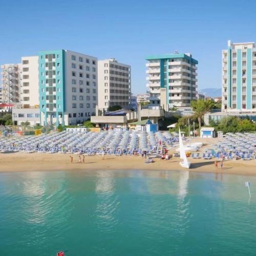 Hotel Serena Majestic View